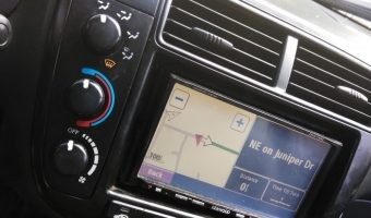 applications of GPS in automotive
